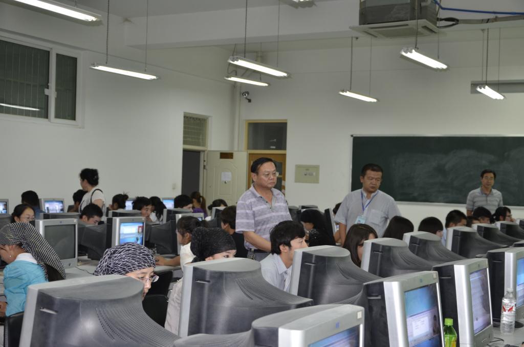 考试顺利结束-塔里木大学
